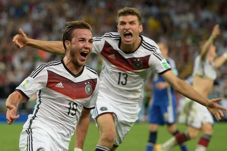 Световни футболни шампиони инвестират в бизнеса с канабис в Германия