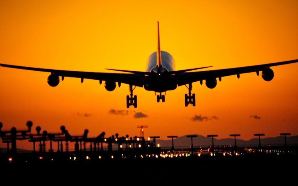 Канадците ще могат да транспортират канабис при вътрешни полети