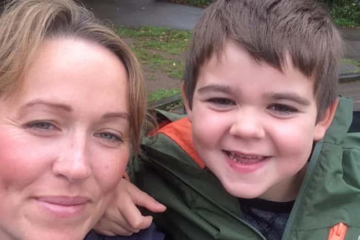 Майки издействаха лечение с канабис за децата си
