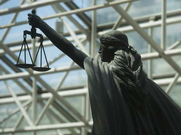 Мрачно съдебно средновековие тегне над България