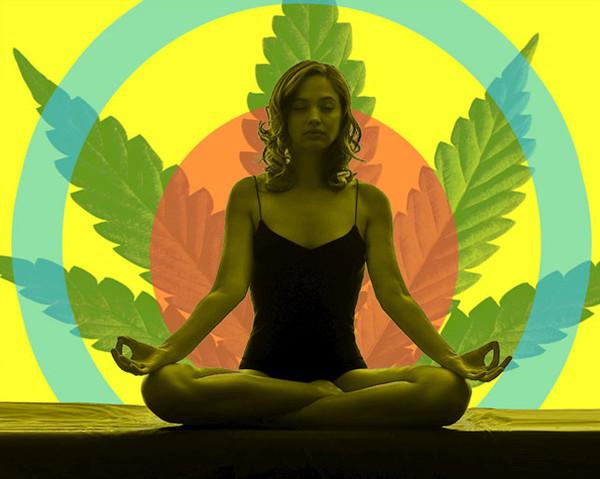 Канабис и йога комбинирани курсове в Сан Франциско