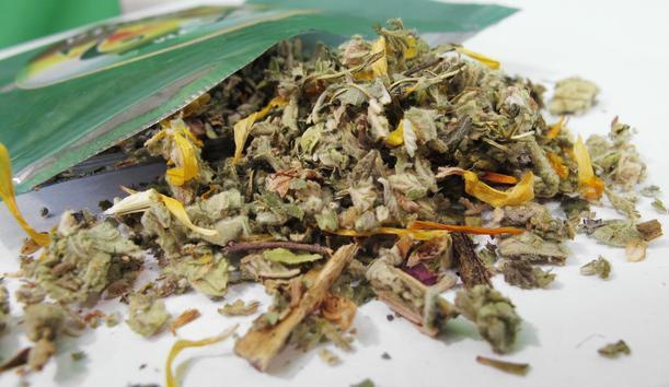 Какво е синтетична марихуана и какви рискове крие тя?