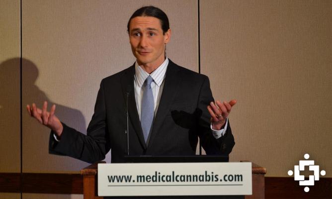 Обзор: Осма национална конференция в САЩ на тема  лечение с канабис