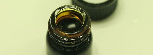 Пациент болен от рак, казва че маслото от коноп го е излекувало