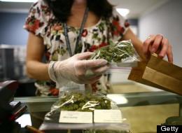 Предложението за декриминализация на марихуаната във Флорида ще бъде разгледано от върховния съд