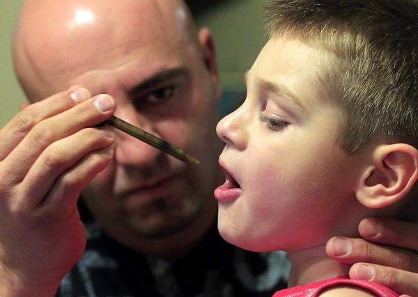 Родители на деца страдащи от епилепсия искат легализация