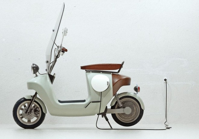 Скутер направен от коноп