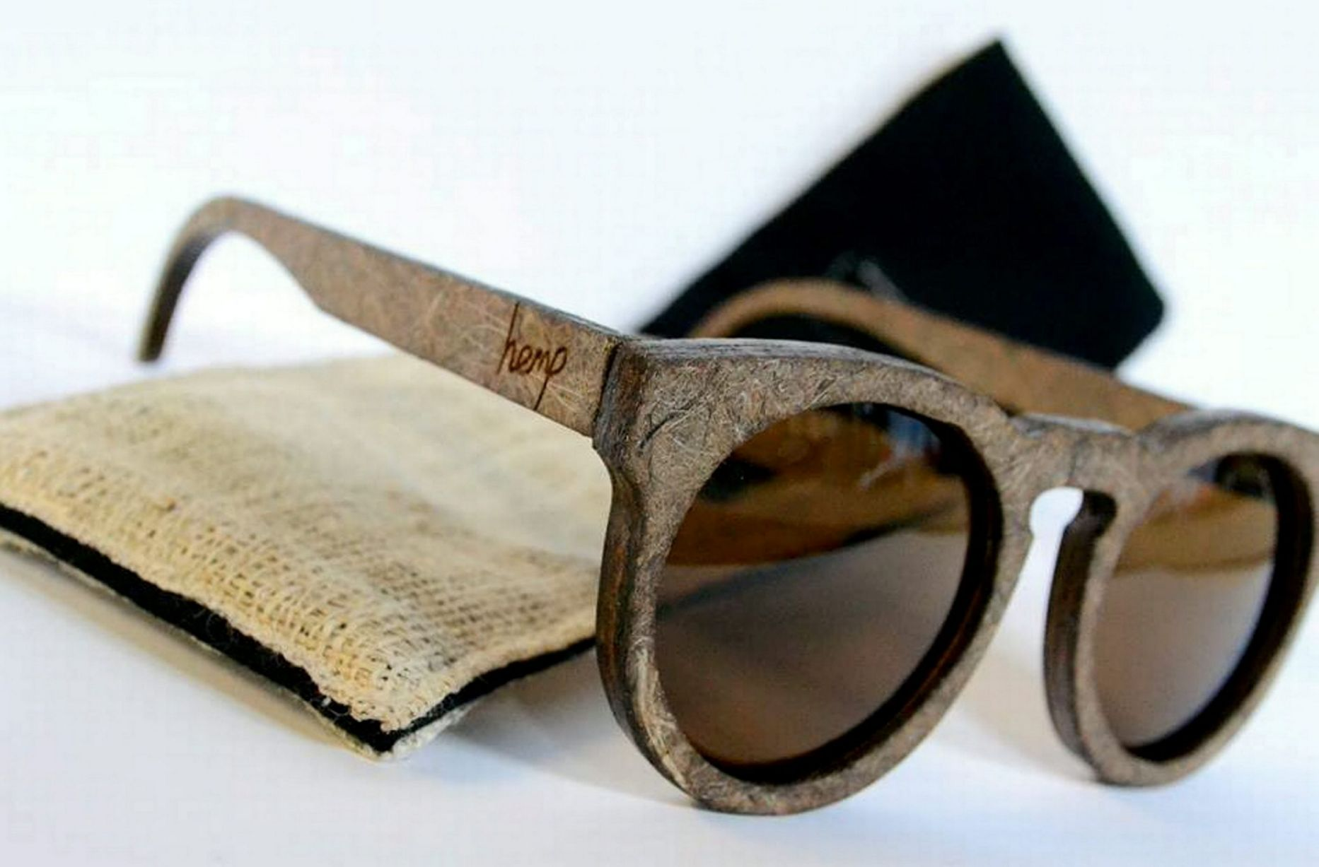 Слънчеви очила направени от коноп набират популярност