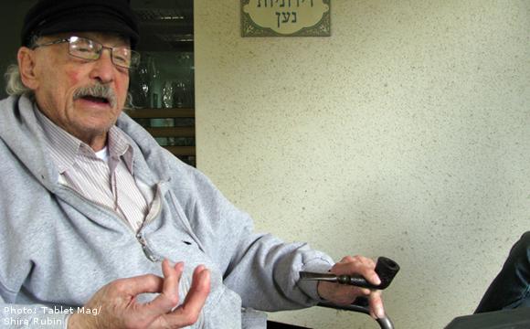 Старчески домове в Израел разрешават употребата на канабис